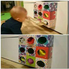 Con cajas de clinex