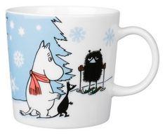 Moomin Skiing Competition - Muumi hiihtokilpailu (seasonal product - the other side Moomin Mugs, Cosy Apartment, Tove Jansson, My First Christmas, Marimekko, Ceramic Cups, Family Traditions, Chipmunks, A Comics