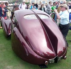 Alfa Romeo 2300 is a European style antique cars in the 30s. @designerwallace