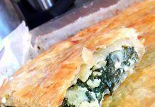Σπανακοπρασοτυρόπιτα ……. με σφολιάτα – Μια συνταγή για όλους Spanakopita, Ethnic Recipes, Food, Essen, Yemek, Meals
