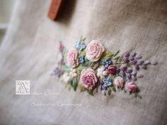 *Poetry of Flowers...Ⅵ*~花々の詩のミニバッグ~の画像:東京・自由が丘 井上ちぐさの刺繍&カルトナージュ教室 Atelier Claire(アトリエクレア)