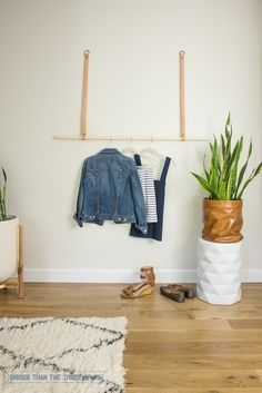 DIY: modern hanging clothing rack