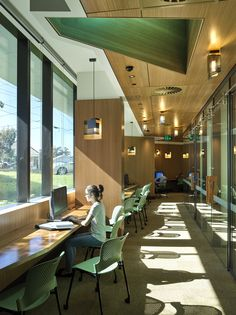 昆士蘭大學口腔健康中心/ Cox Rayner Architects + Hames Sharley