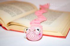 Wurm Lesezeichen häkeln - Bücherwurm Wolbert - kostenlose Häkelanleitung - gratis Anleitung