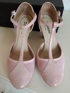 515d6745b288 8 meilleures images du tableau chaussures mariée