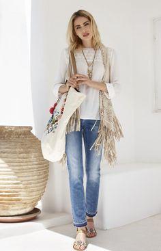 Die schönsten #Damen #Citylooks für den #Sommer2016. #Sommermode #Santorini #Womenswear #Reischmann #Bluse #Pants #summer #jeans