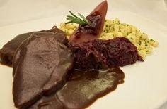 Hirschbraten mit Spätzle und Blaukraut - herbstlicher Rezepttipp aus der Nesslerhofküche