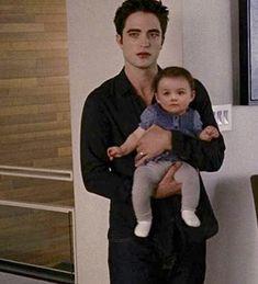 Twilight Renesmee, Twilight Edward, Twilight Saga, Bella Y Edward, Edward Cullen, Robert Pattinson Twilight, Breaking Dawn Part 2, Twilight Pictures, Drama Free