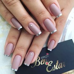 Cute Nail Designs For Spring – Your Beautiful Nails Gold Nails, Matte Nails, Fun Nails, Acrylic Nails, Silver Tip Nails, Gorgeous Nails, Pretty Nails, Nagellack Design, Manicure E Pedicure