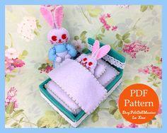 Mommy Bunny and Baby Bunny. Nighty-night. PDF Pattern and Tutorial.Sewing pattern. Dollmaking.How to make felt dolls.Easy felt dolls.Handmade doll.Felt Crafts.