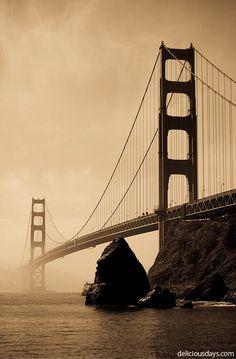 Golden Gate Bridge...I should really start taking advantage of family who live in California! :-)