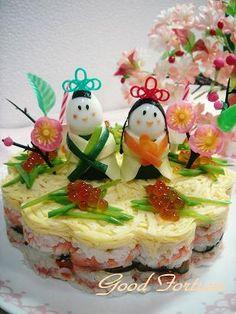 Hina sushi 'cake' - so cool! Sushi Lunch, Sushi Party, Japanese Food Art, Japanese Sushi, Valentines Day Food, Cute Food, Yummy Food, Onigirazu, Sushi Cake