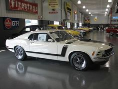 1970 Mustang Boss 302 - My old classic car collection Mustang Boss 302, Mustang Fastback, Mustang Cobra, Shelby Gt500, Classic Mustang, Ford Classic Cars, Ford Lincoln Mercury, Vintage Mustang, Pony Car