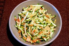 Quick zucchini and almond saute - side dish #vegan