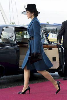 Kronprinsesse Mary er glad for alle varianter af farven blå. Det ses tydeligt på hendes garderobe.