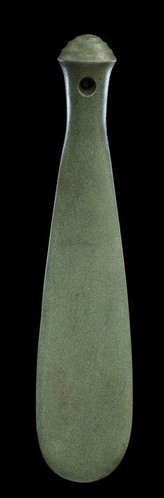 Unknown Artist, 'Patu Onewa Hand Club (Maori, New Zealand)', ca. Maori Tribe, Medieval Weapons, Maori Art, Easter Island, Sculpture Ideas, Green Stone, Tribal Art, Hoe, Anthropology