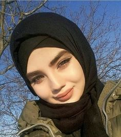 Muslim Girls, Muslim Couples, Muslim Women, Modest Fashion Hijab, Hijab Chic, Hijabi Girl, Girl Hijab, Bff Tattoos, Girl M