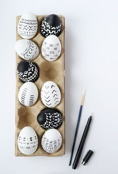 DIY Mud Cloth Inspired Easter Eggs | Alice and Lois | Bloglovin'