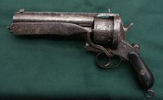 Monstrous 6 shot 15mm pinfire revolver with folding blade, manufacturer unknown