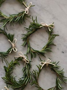Rosemary wreath Napkin Rings -- cute idea to use for our Christmas Day Brunch or Dinner.