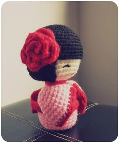 OMG!!!  I need to learn how to knit!!!! #amigurumi #kokeshidolls