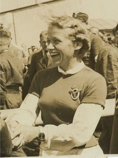 Hanna Reitsch wearing Luftwaffe Pilot's Badge & Glider pin.jpg