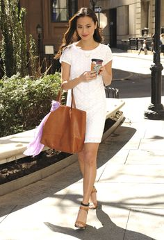 Le look de l'actrice Jamie Chung dans les rues de New York
