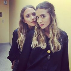 Mary-Kate And Ashley Olsen At A Sephora Event Mark Townsend Ashley Mary Kate Olsen, Ashley Olsen Style, Olsen Twins Style, Full House, Celebrity Hair Stylist, Celebrity Style, Celebrity Beauty, Pretty People, Beautiful People