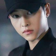Descendants of the sun Song Joong Ki, Special Forces, Descendants, No One Loves Me, Korean Actors, Love Story, Actors & Actresses, First Love, Drama