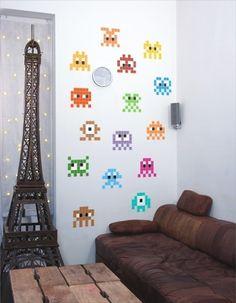 #Stickers #geek pour les #startup #Invaders #Déco #bureaux - Trouvé sur : http://www.kollori.com/decoration-de-bureau/decoration-murale/stickers-muraux-geek.html