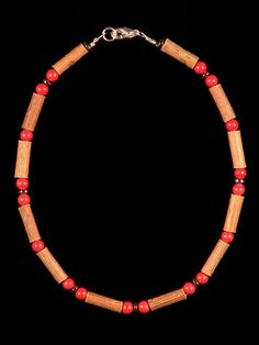 Teething Hazelwood Necklace with Corail beads