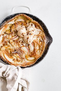 Salted Caramel Apple Dutch Baby – Browned Butter Blondie – Famous Last Words Brunch Recipes, Sweet Recipes, Breakfast Recipes, Dessert Recipes, Fall Recipes, Baby Breakfast, Caramel Recipes, Thanksgiving Recipes, Just Desserts