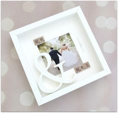 Gorgeous mr and mrs with large white glitter & sign 3d box
