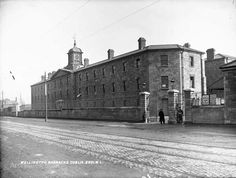 1818 - Former Richmond House of Correction, then Richmond Bridewell, now Griffith College. Daniel O'Connell was imprisoned there in 1844 for seditious conspiracy. Dublin Street, Dublin City, Dublin Ireland, Ireland Travel, Old Pictures, Old Photos, Griffith College, Photo Engraving, Study Abroad
