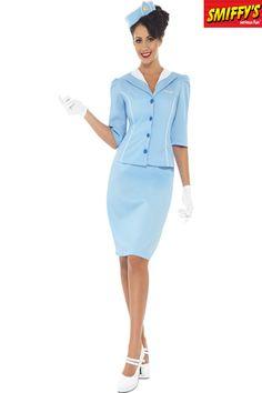 Déguisement d'hôtesse de l'air, bleu, avec la veste et le collier de moquerie, le chapeau, la jupe et les gants en vente chez Ledeguisement.com