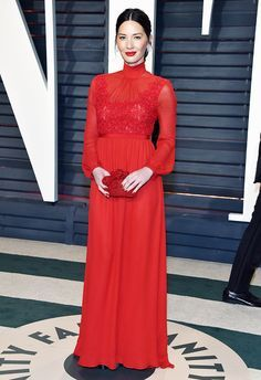 Olivia Munn & Freida Pinto Glam Up for Vanity Fair's Oscars Party: Photo Olivia Munn and Freida Pinto arrive in style at the 2017 Vanity Fair Oscar Party at the Wallis Annenberg Center for the Performing Arts on Sunday night (February… Olivia Munn, Diane Kruger, Glamour, Celebrity Dresses, Celebrity Style, Cheap Dresses, Nice Dresses, Fabulous Dresses, Freida Pinto