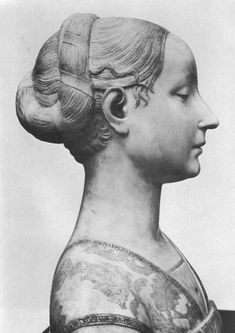 Archive photo of original marble bust of Ippolita Maria Sforza, ca. 1473 by Francesco Laurana. The original was destroyed during the Second World War.