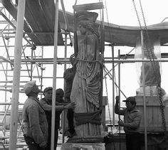 A rare photo of one of  iconic Caryatids being transferred from the Erechtheum to the Old Acropolis Museum in 1978 to prevent damage from the elements.