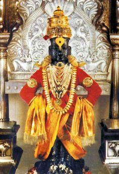 Pandharpur Temple Timings, Dress Code, Poojas and Travel Tips. Pandarpur is one of India's oldest pilgrim sites dedicated to Lord Krishna and Devi Rukmini. Lord Shiva Hd Images, Krishna Images, Lord Vishnu, Lord Ganesha, Om Namah Shivaya, Krishna Statue, Krishna Radha, Hare Krishna, Shani Dev