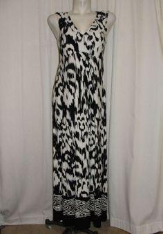 CHICOS Long Black & White V-neck Sleeve-less MAXI Dress Size 1 Medium 8/10 #Chicos #Maxi #SummerBeach