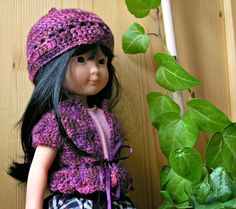 "* Poupées Cheries Dolls *: Adélie - patron gratuit de crochet pour Poupée Cheries Corolle (free crochet pattern for 13"" dolls) beret and jacket"