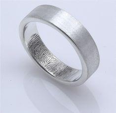 Her Fingerprint in His Wedding Band