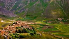 Castelluccio in Monti Sibillini National Park, Italy (© Brian Jannsen/Alamy) – 2016-07-28 [http://www.bing.com/search?q=Castelluccio,+Umbria&form=hpcapt&filters=HpDate:%2220160728_0700%22]