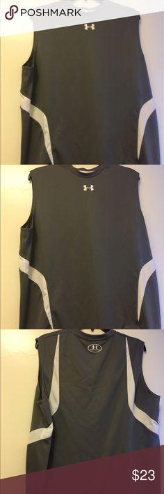 Under Armour Men's L Grey Sleeveless  T-shirt Under Armour Men's Large Grey Sleeveless Heat Gear T-shirt Under Armour Shirts Tees - Short Sleeve