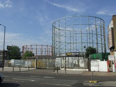 Gasworks, Old Kent Road © Malc McDonald :: Geograph . London Photos, London Calling, Luxury Apartments, Old Pictures, Vintage Photos, Fair Grounds, History, Street, Building