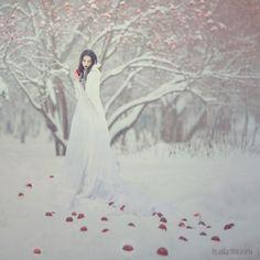 Anka Zhuravleva - Ta sama stara historia o Śnieżce