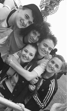 Agh can't cope ♥♡♥♡♥♡ The Dumping Ground Cast, Tracy Beaker Returns, Hank Zipzer, Childhood Tv Shows, Descendants, Best Tv, Real People, Favorite Tv Shows, Nostalgia