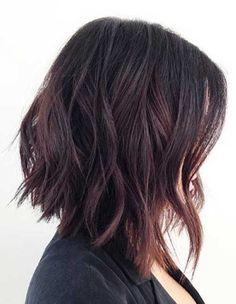 20.Wavy Bob Haircut