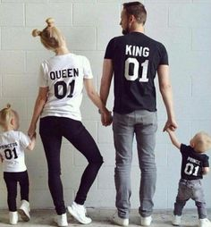 2016 New Family King Queen 01 Print Shirt,100% Cotton T Shirt Mother And Daughter Father Son Clothes Princess Prince Sets Parent Child Family Clothing Matching Hawaiian Outfits From Mic518, $8.93| Dhgate.Com