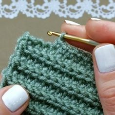 Best 12 How to knit Tunisian Crochet Stitch video tutorial – SkillOfKing. Crochet Stitches Patterns, Stitch Patterns, Knitting Patterns, Tunisian Crochet, Learn To Crochet, Crochet Shawl, Knitting Yarn, Hand Knitting, Crochet Videos